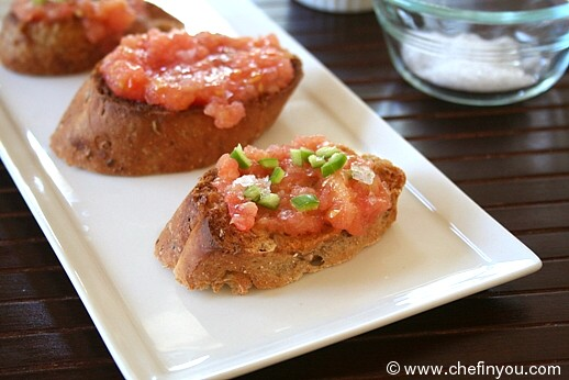 Pan Con Tomate (Spanish Tomato on Toast)