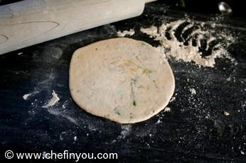 Mooli Ka Paratha recipe | Daikon Radish Recipes