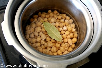Spicy Roasted Chickpeas Recipe | Indian Chickpeas Recipes