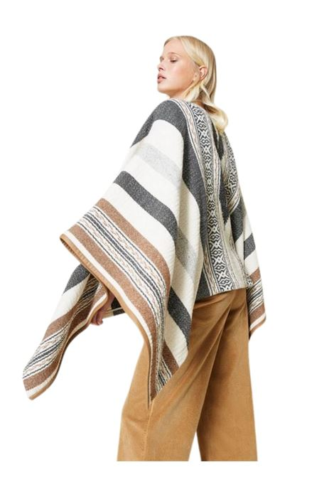 Poncho in stuoia di misto lana TWIN-SET   5032307   212TT222006306