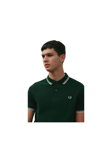 POLO CON RICAMO FRED PERRY | 2 | M360033406