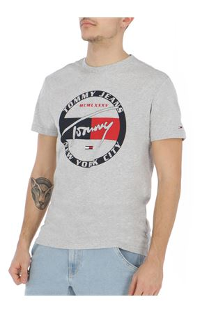 TOMMY JEANS T-shirt Graphic  TOMMY | 8 | DM0DM06081038