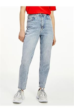 TOMMY JEANS Mom Fit  TOMMY | 24 | DW0DW098881AB