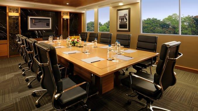 DoubleTree Suites by Hilton Hotel Bangalore