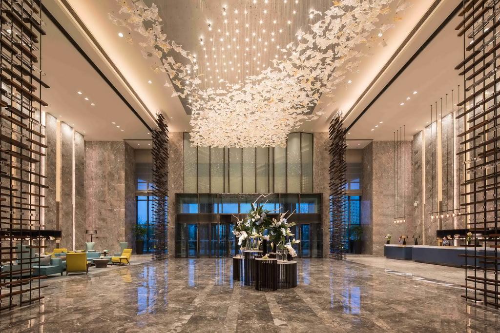 青岛东方影都融创希尔顿逸林酒店