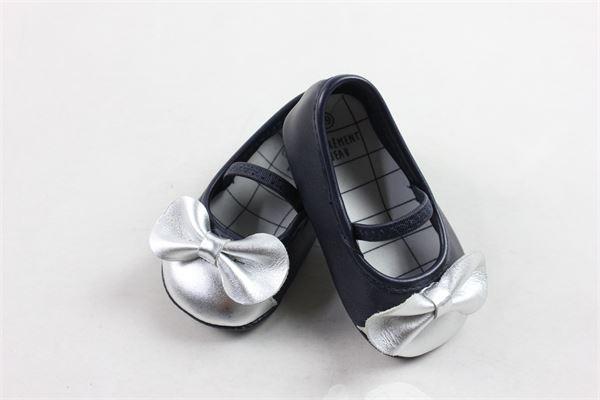 ballerina in pelle con cinturino e fiocco in contrasto CARRE'MENT BEAU | Scarpe | Y99031849BLU