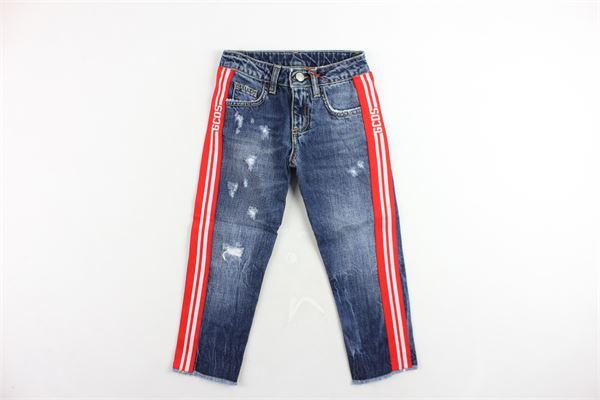jeans 5 tasche tinta unita con strappi e profilli loggati in contrasto GCDS | Jeans | 020459BLU