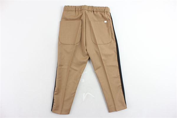 pantalone elastico in vita tinta unita bande in contrasto I'M BRIAN   Pantaloni   PA1083JCAMMELLO