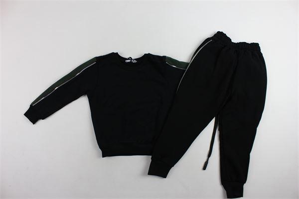 completo tuta felpa più pantalone garzato tinta unita profili in contrasto NUMBERS | Completi | JM1014NERO