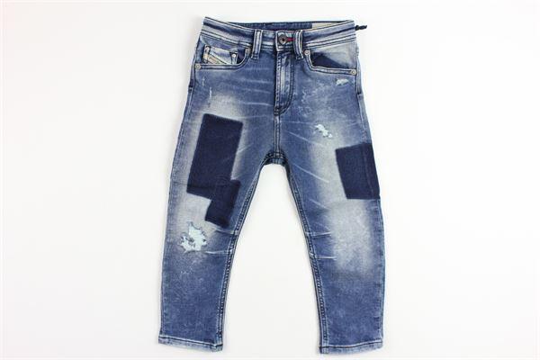 jeans con toppe e strappi DIESEL | Pantaloni | 00J3RUDENIM