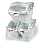 Rubbermaid 100 Cup Safety Storage Bin with Scoop - Rubbermaid