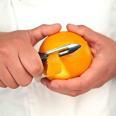 Mercer Culinary Vegetable Peeler with Skin Packaging