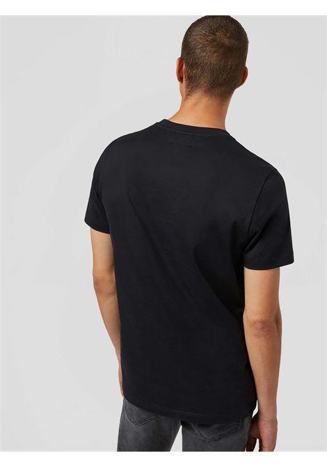 t-shirt d