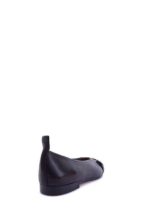 LE PETITE MAISON | Flat Shoes | 2223NERO