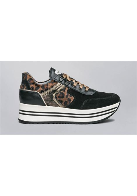 Sneakers NERO GIARDINI | Sneakers | I013290D100