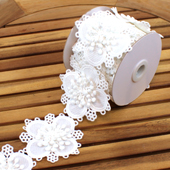 "3"" BLOOMING FLOWER LACE TRIM-5 YDS (White)"