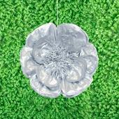"20"" METALLIC TISSUE SCALLOP FLOWERS-PC (Silver)"