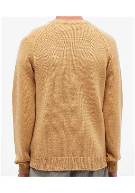 maglione in lana uomo cammello A.P.C. | Maglieria | WVAWI-H23964CAB