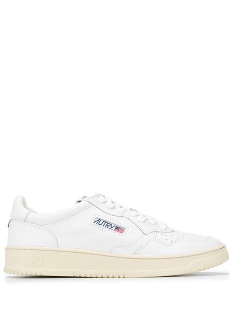 sneakers aulm ll15 uomo bianche in pelle AUTRY | Sneakers | AULMLL15