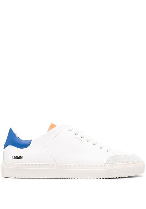 sneakers clean 90 triple uomo bianche in pelle AXEL ARIGATO | Sneakers | 28674WHITE/COBAL BLUE/ORANGE