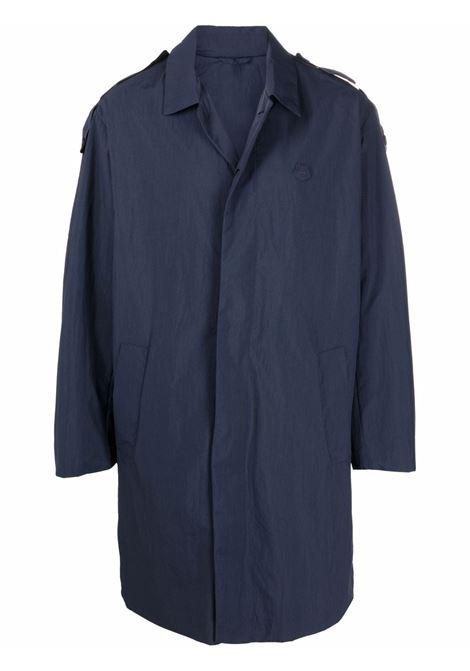 trench con logo ricamato uomo blu in nylon KENZO | Giacche | FB65MA0151NP79