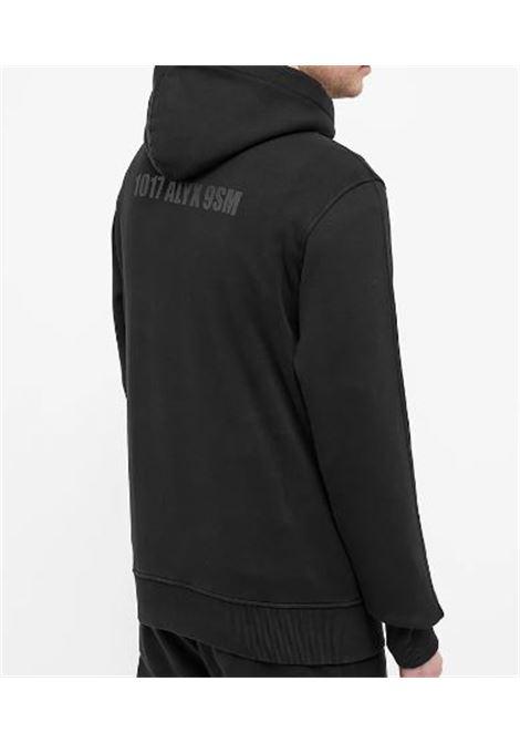 1017 Alyx 9sm felpa con logo uomo nera 1017 ALYX 9SM | Felpe | AAMSW0097FA01BLK0001