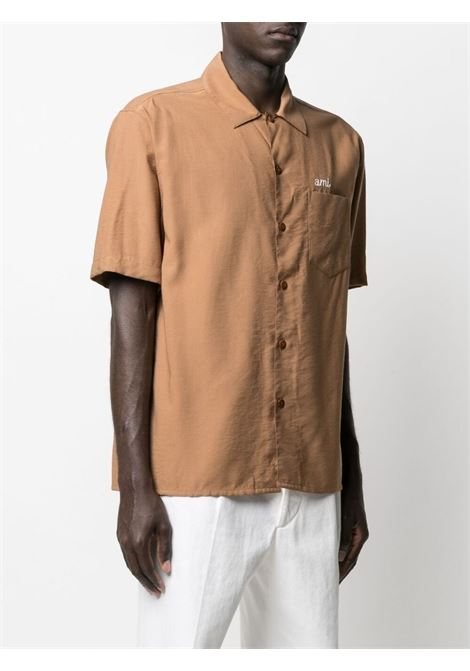 Ami Alexandre Mattiussi camicia con logo ricamato uomo beige AMI - ALEXANDRE MATTIUSSI | Camicie | E21HC200.452250