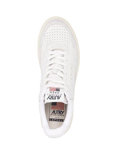 Autry sneakers con logo uomo AUTRY | Sneakers | AUMMCE01
