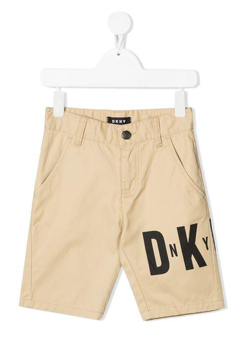 dkny bermuda cotone con scritta stampa logo DKNY | Bermuda | D24733267