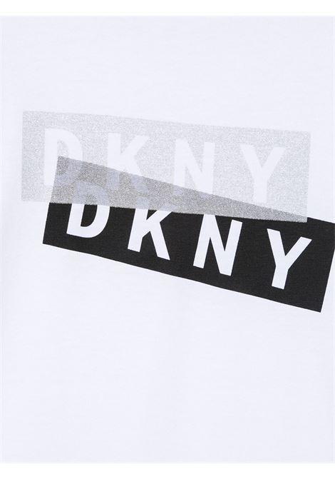 dkny tshirt con stampa scritta logo DKNY | Tshirt | D25D2710B