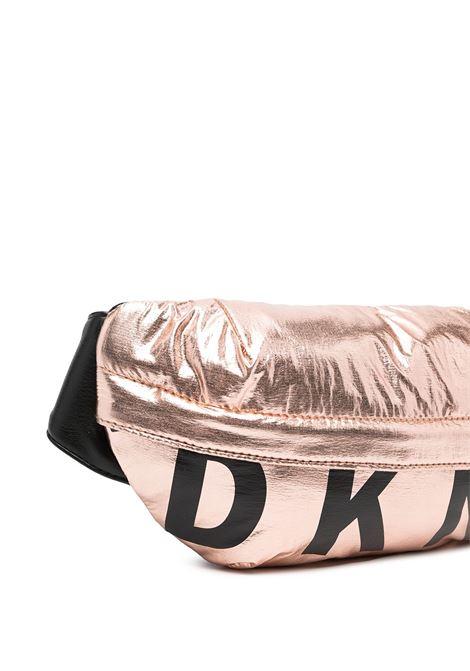 dkny marsupio in tessuto laminato con stampa scritta  logo DKNY | Marsupio | D30502Z95