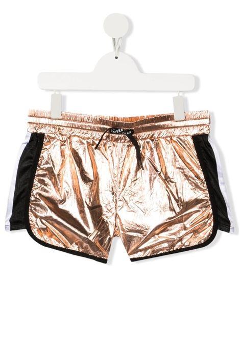 dkny shorts in tessuto laminato con bande laterali a contrasto DKNY | Shorts | D34A19Z95T