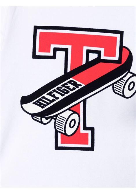 tommy hilfiger tshirt con stampa scritta logo TOMMY HILFIGER | Tshirt | KN0KN01295YBR