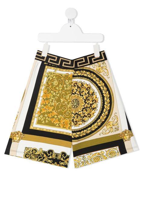 young versace bermuda in felpa stampa barocco con cinta greca young versace | Bermuda | 10001241A002655W060