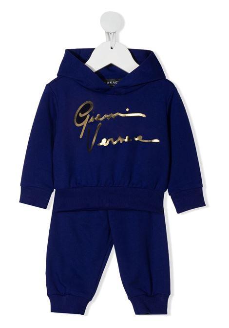 young versace felpa cappuccio con stampa scritta logo in oro e pantalone young versace   Completo   10001771A001542U100