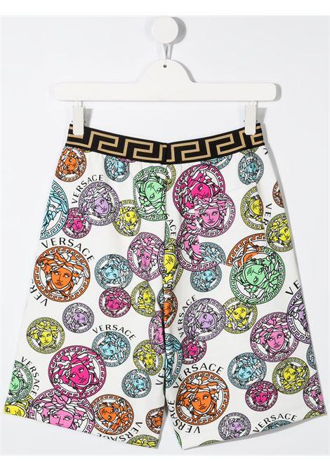 young versace bermuda felpa in tessuto stampa medusa multicolor young versace | Bermuda | 10003461A002855W000T