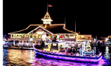 Newport Fun Tours-Newport Beach Christmas Lights Cruise
