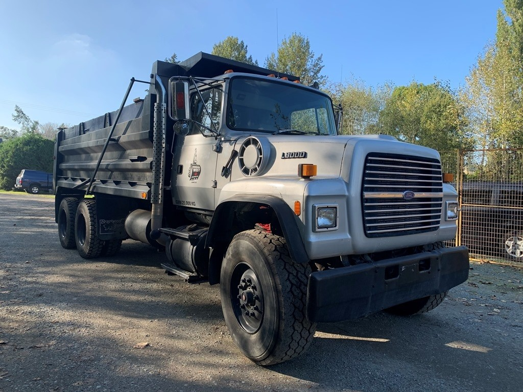 image-8 1994 Ford L9000