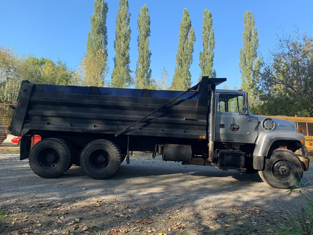 image-6 1994 Ford L9000