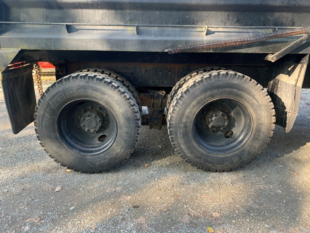 image-7 1994 Ford L9000