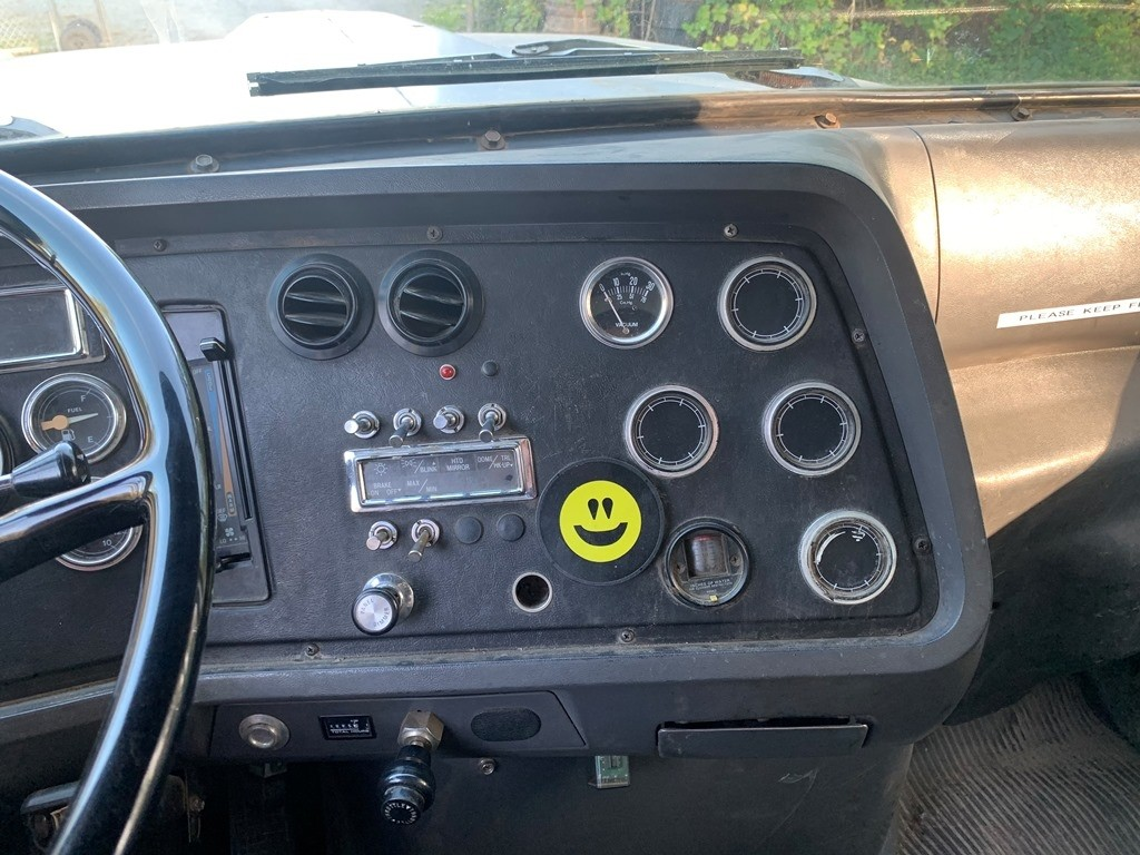 image-11 1994 Ford L9000