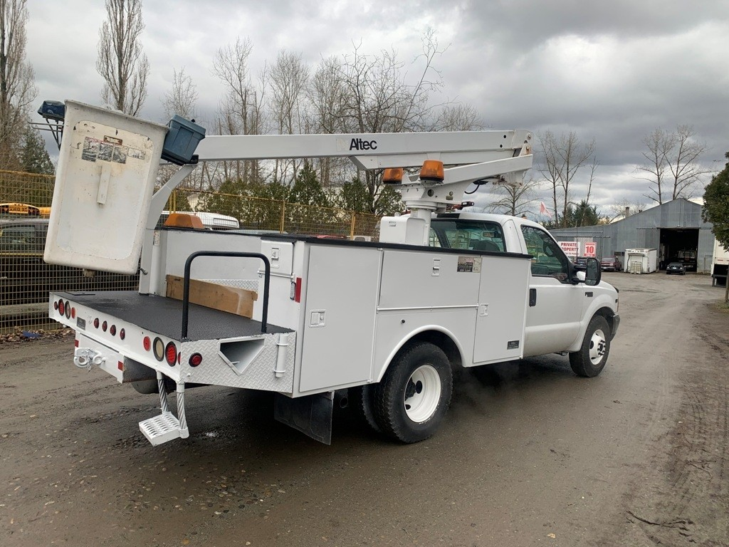 image-5 1999 Ford F-350