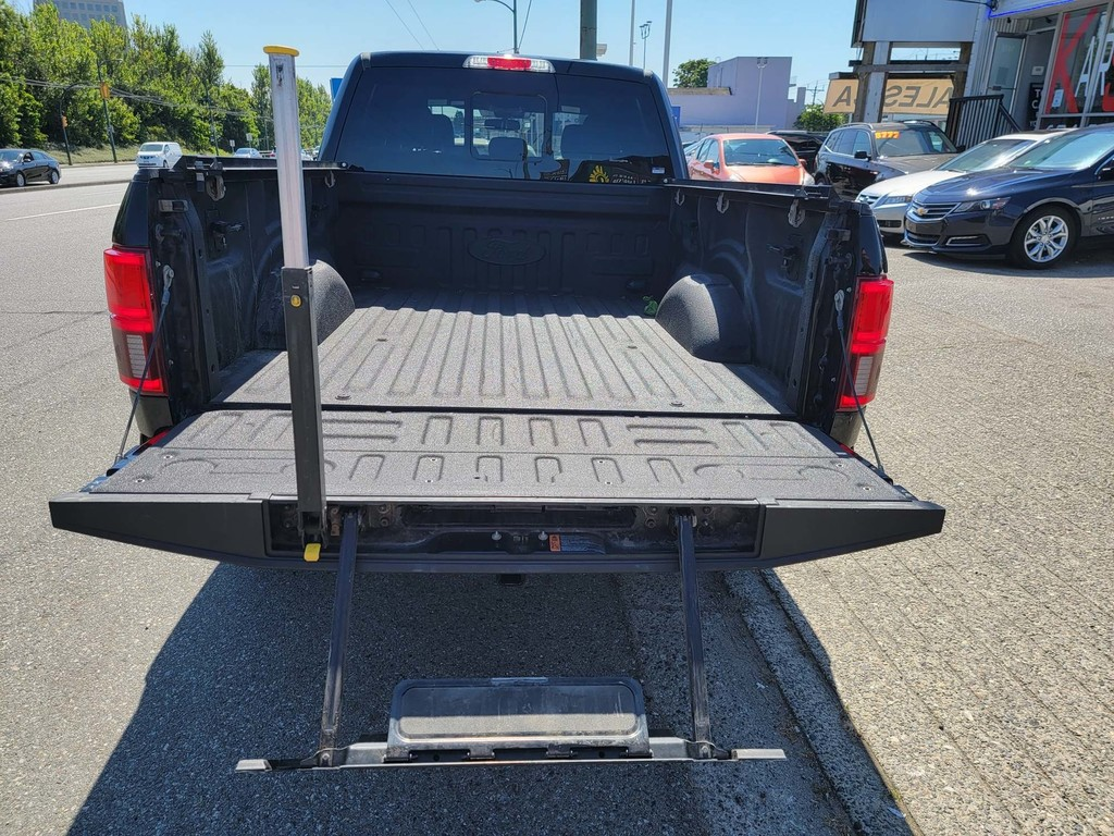 image-17 2018 Ford F-150