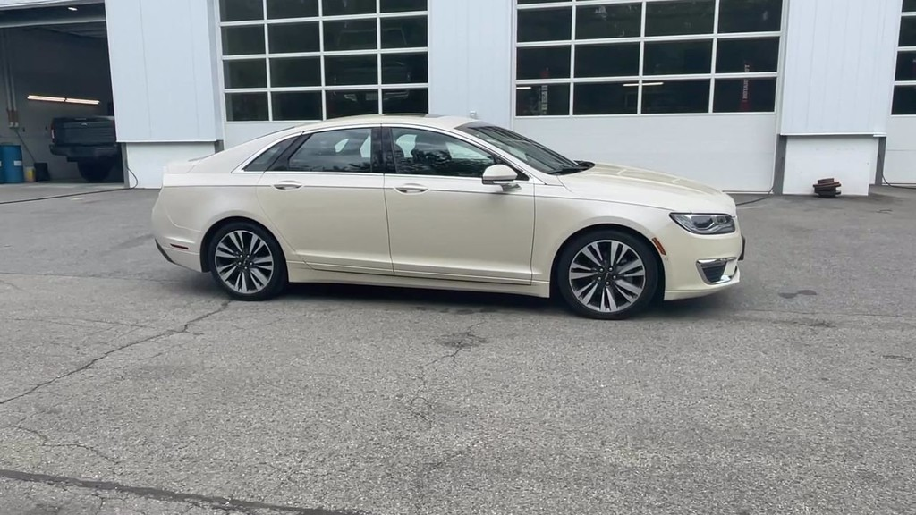 image-14 2018 Lincoln MKZ
