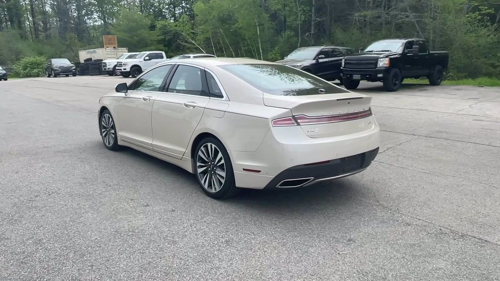 image-19 2018 Lincoln MKZ