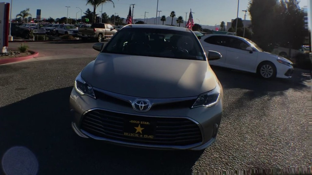 2016 Toyota Avalon Limited Hybrid Sedan