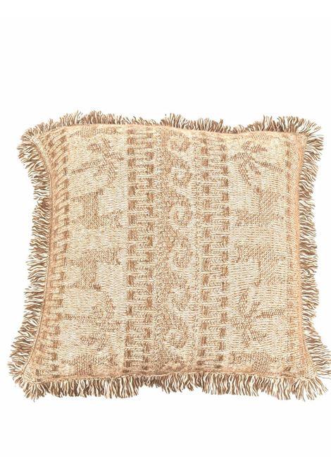 Beige intarsia-pattern fringed cushion - unisex  ALANUI | LMHA023F21KNI0050262