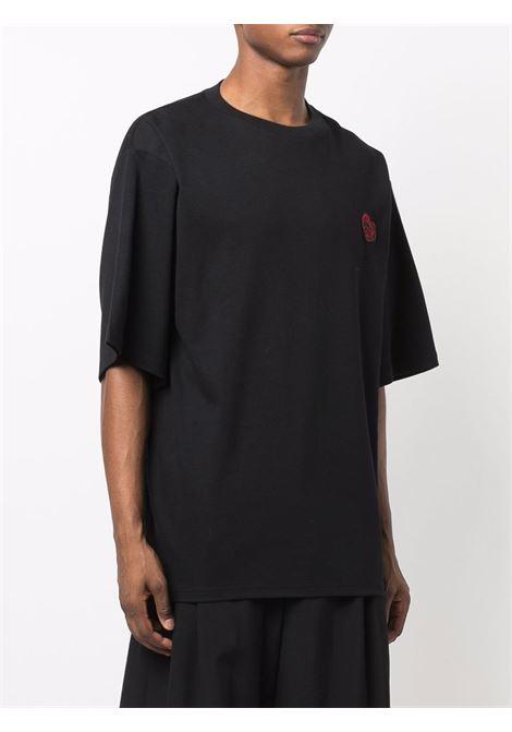 All you need is gcds t-shirt in black - men  GCDS | FW22M02006002