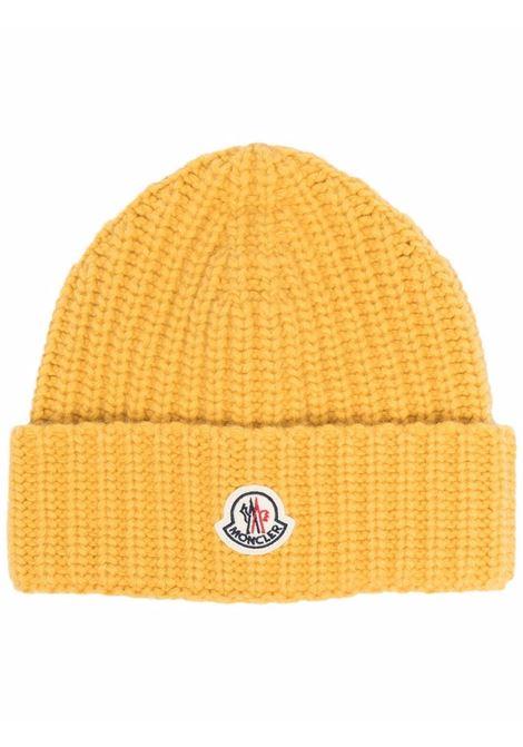 Berretto con logo in giallo - donna MONCLER | 3B00005M1115110