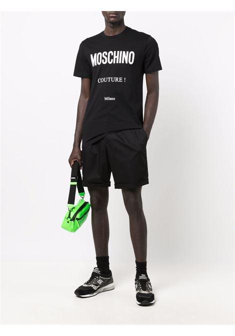 T-shirt con stampa couture in nero - uomo MOSCHINO | A071952401555